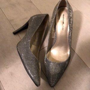 Bandolino silver sparkle shoes